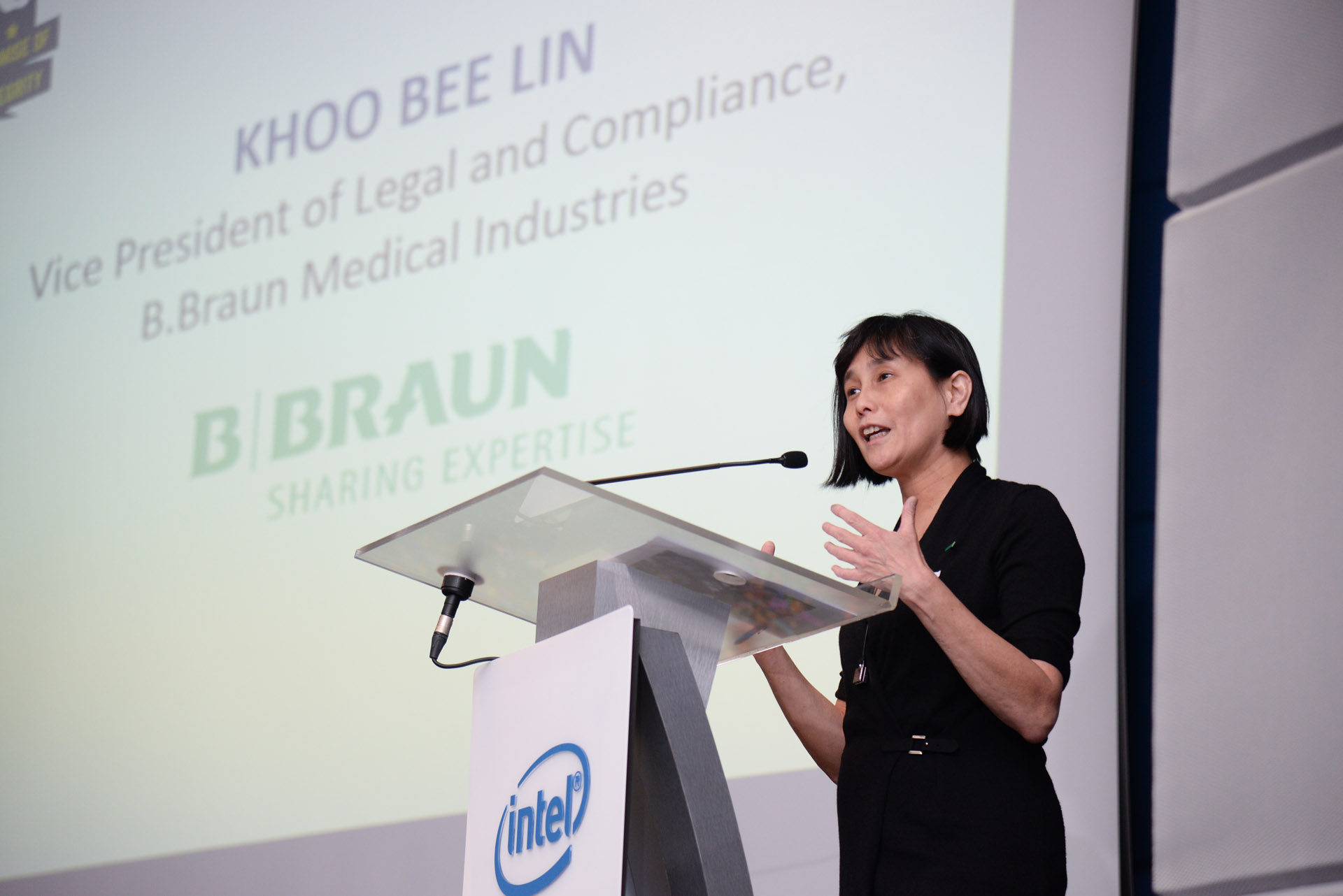 Ms Khoo Bee Lin, VP of Legal and Compliance, B.Braun Medical Industries delivering her presentation